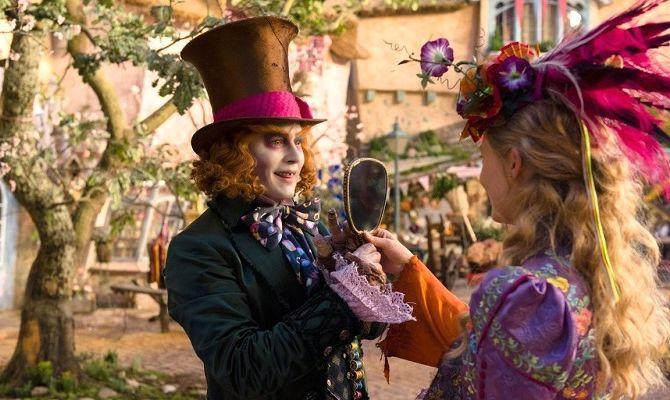 Алиса в Зазеркалье, фильм