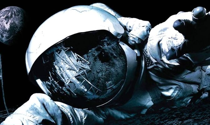 Аполлон 18, фильм