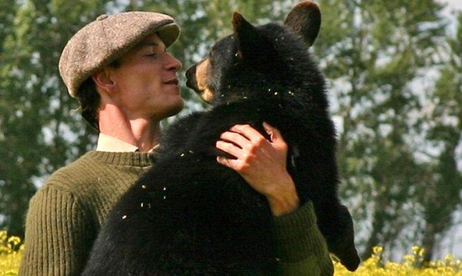Медведица по имени Винни, фильм