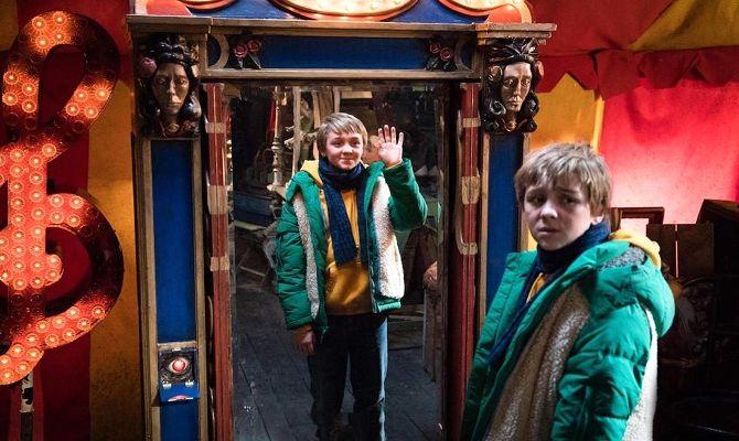 Волшебное зеркало, или Двойные неприятности, фильм